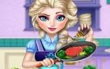 Elsa Yemek Yapıyor
